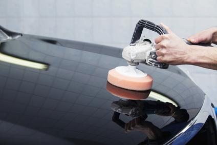 lavage de voiture avec de la cire facile avec les astuces. Black Bedroom Furniture Sets. Home Design Ideas