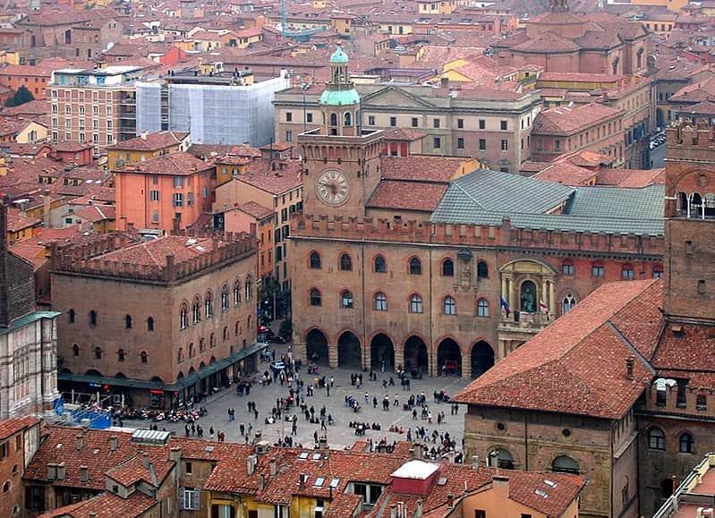 Acquista pneumatici economici a Bologna online