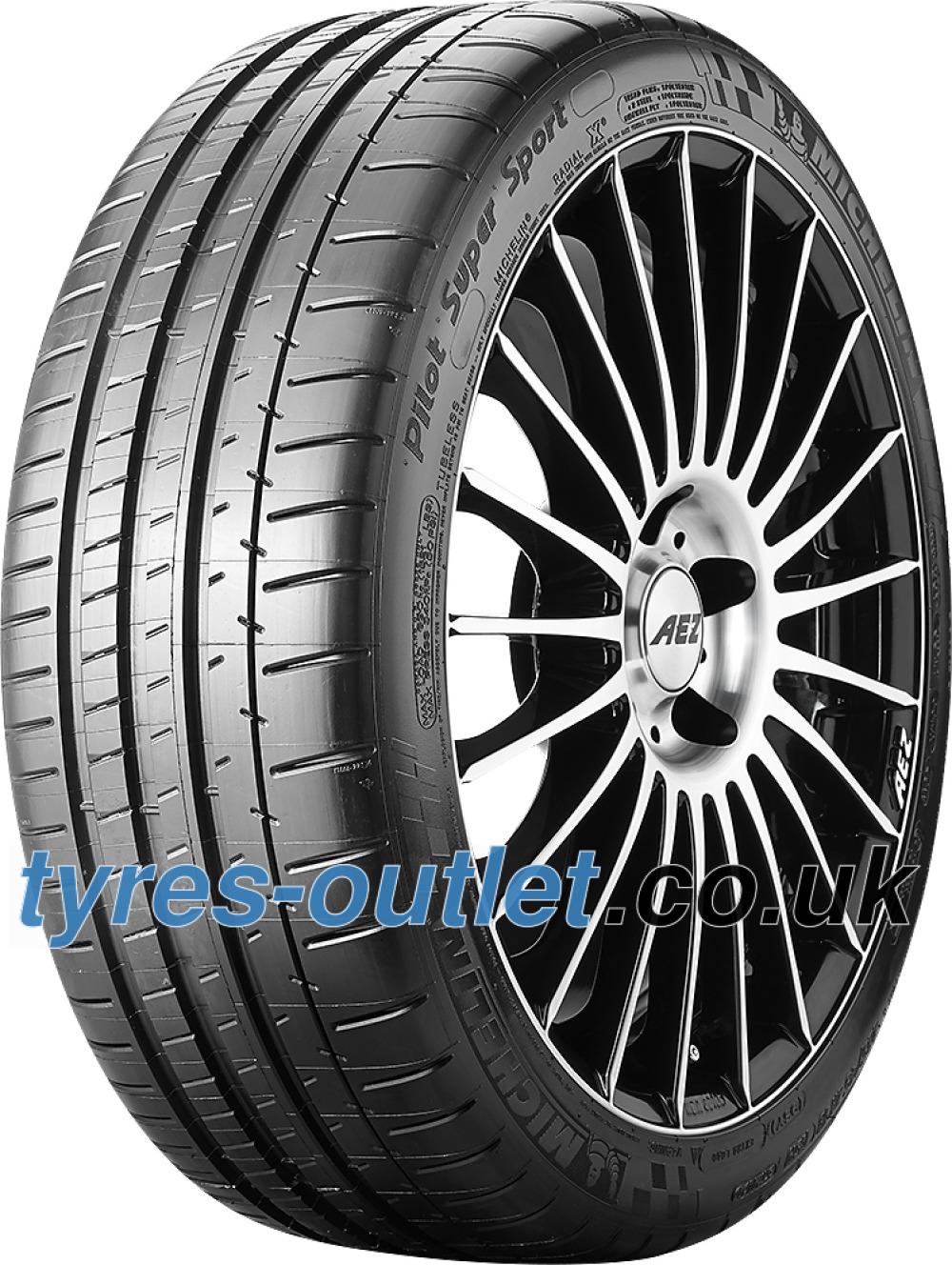 Michelin Pilot Super Sport ( 245/30 ZR19 (89Y) XL with rim protection ridge (FSL) )