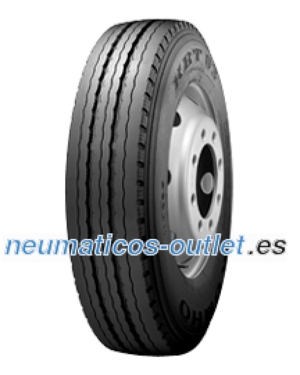 Kumho KRT03 ( 235/75 R17.5 143/141J 18PR )