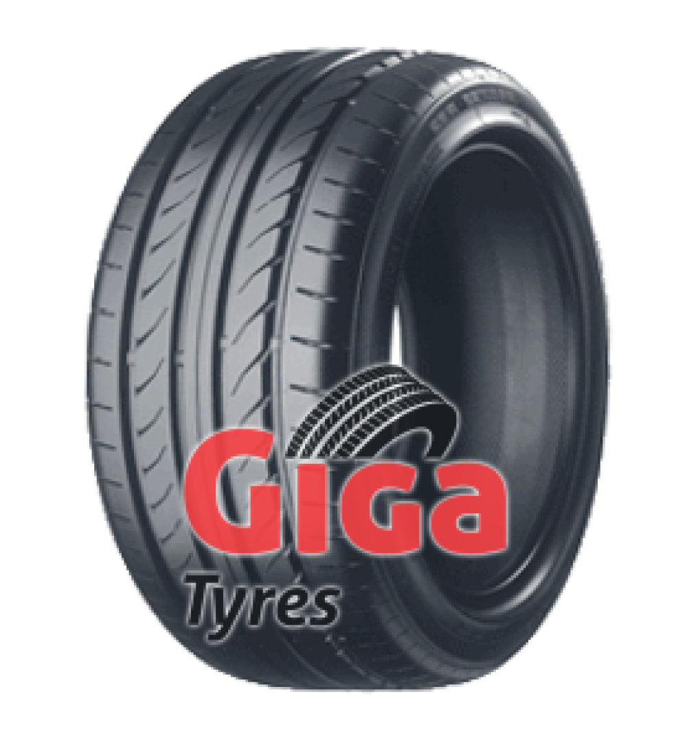 Toyo Proxes R32 ( 245/45 R17 95W with rim protection ridge (FSL) )