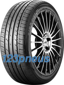 Falken Ziex ZE914 Ecorun ( 205/55 R15 88V avec protège-jante (MFS) ).  Le concept innovant pour une nouvelle génération de pneus sport.Notre plus belle réponse aux exigences de maniabilité sur route sèche et d'adhérence sur route mouillée, pour une faible résistance au roulement et ? surtout ? un confort de conduite.   Le profil asymétrique de l'épaulement de la bande de roulement et les quatre rainures longitudinales garantissent une adhérence maximale et améliorent l?absorption et la dispersion de l?eau ainsi que la conduite par temps humide. Les blocs rigides de la bande de roulement augmentent la stabilité directionnelle et ajoutent de la sportivité dans les virages. Les petites rainures et lamelles horizontales optimisent la maniabilité et le confort de conduite.