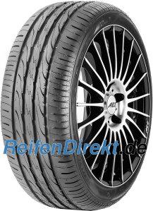 Maxxis Pro R1 ( 225/40 ZR18 92W XL ) Der PRO-R1 ist ein High Performance Reifen der durch seine geschlossene Schulterpartie für ein extrem leises Abrollgeräusch sorgt. • Die neuartige Nanosilica-Gummimischung reduziert deutlich den Rollwiderstand und damit den Verbrauch. Breite Profilhauptrillen sorgen für eine schnelle Drainage und vermindern die Aquaplaninggefahr., PKW Sommerreifen