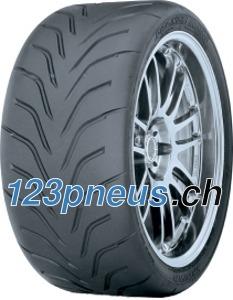 Toyo Proxes R888 pneu