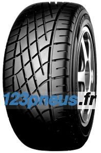 Le dessin asymétrique de la bande de roulement du A539 offre une stabilité supérieure dans les virages qui vous permettra de profiter pleinement de la conduite de votre véhicule.Avec ses qualités sportives stables, le A539 vous procure une motricité remarquable aussi bien sur revêtement sec qu'humide. Le A539 est un pneu résistant qui vous offre une longévité et des performances supérieures a beaucoup d'autres.Il ne fait aucun compromis !