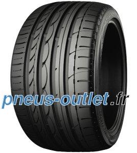 Yokohama Advan Sport V103 Runflat / Fuel Efficiency: F, Wet Grip: C, Ext. Rolling Noise: 71db, Rolling Noise Class: B